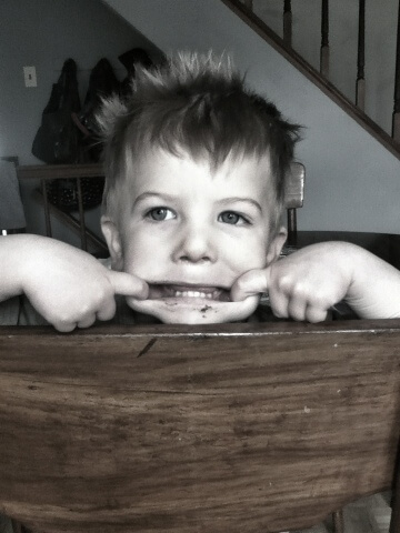 toddler boy funny face