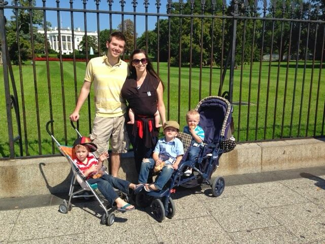 big family in front of white house