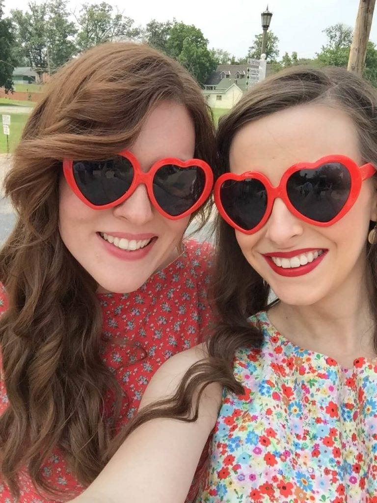 bridesmaids with heart sunglasses