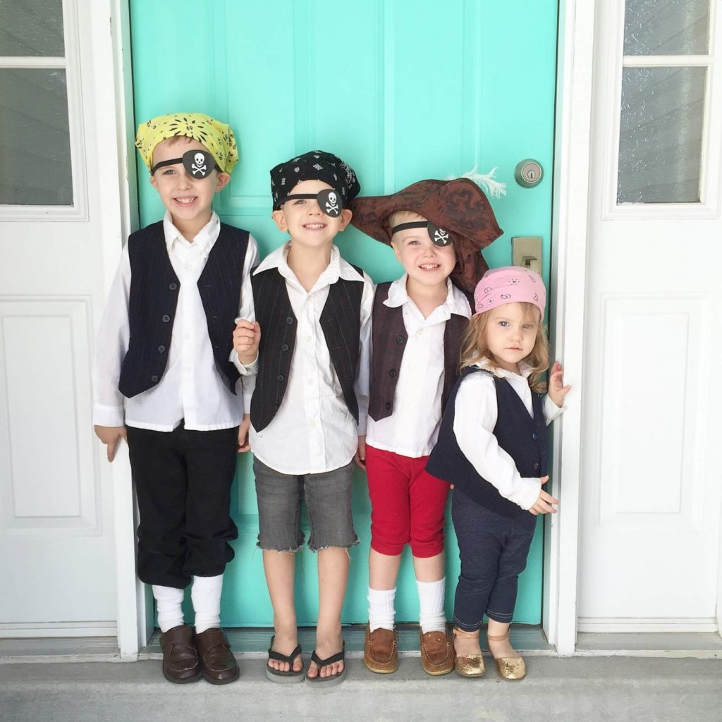DIY pirate costumes for kids