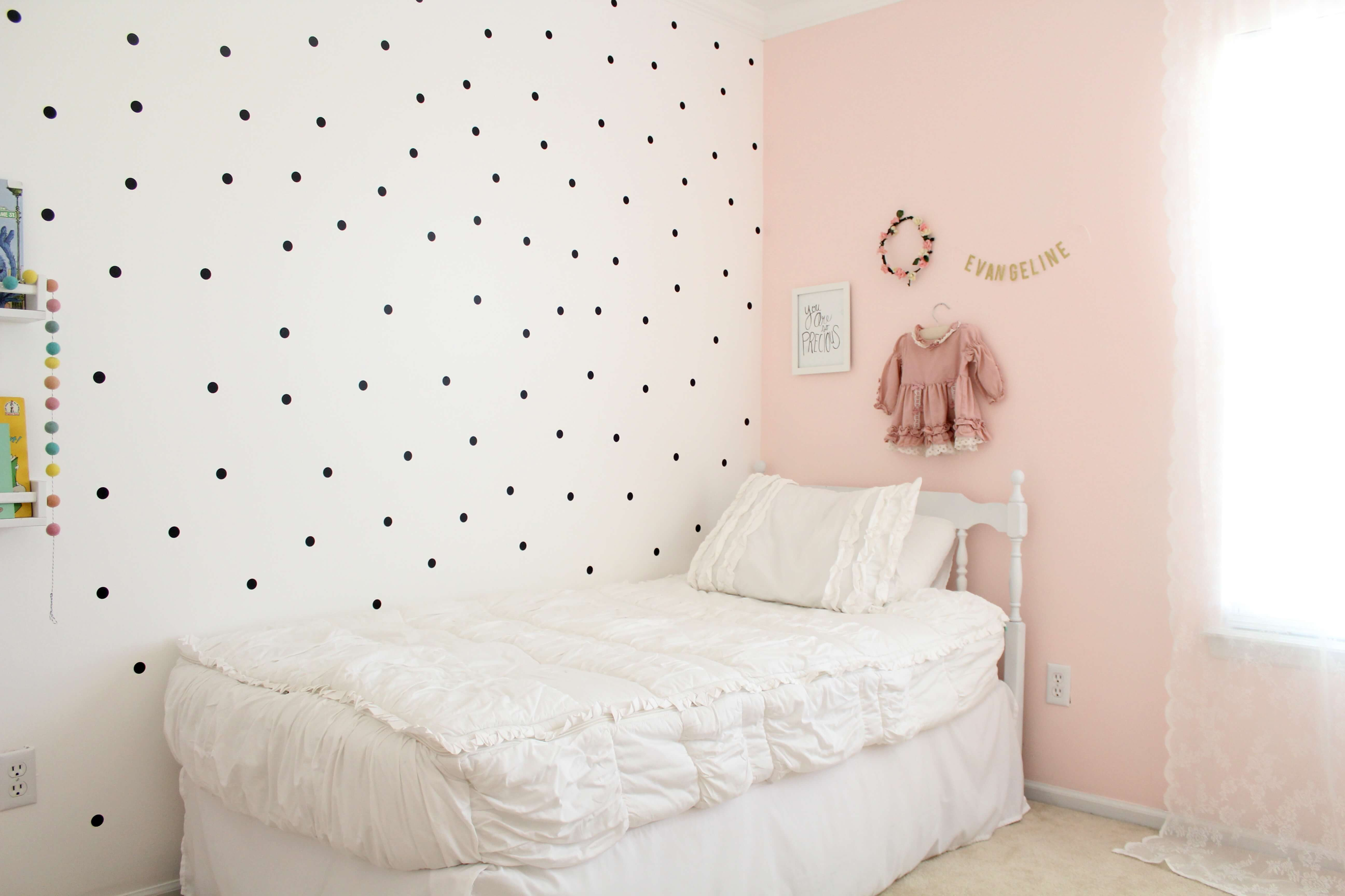 Kids room makeover featuring beddy 39 s zip up bedding for Kids room makeover